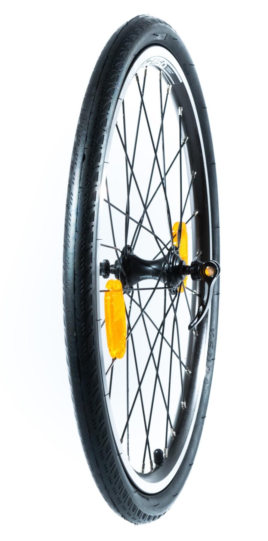 """Takairtopyörä renkaineen 20"""" (Race MAX 20)"""